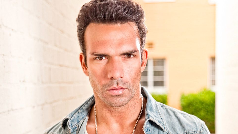 Darren Shahlavi Interview